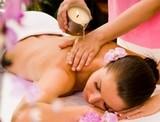 Massagem com pindas na Saúde
